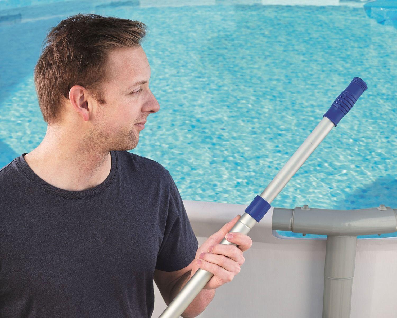 Asta pulizia piscina