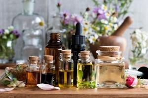 Quali oli essenziali rilassanti usare per dimenticare lo stress