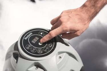 Come pulire la vasca idromassaggio gonfiabile Lay-Z-Spa