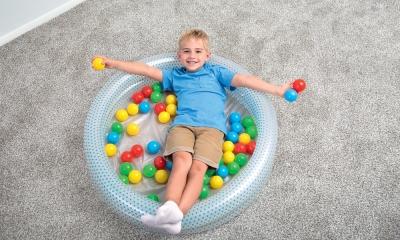 5 giochi divertenti da fare in casa con i bambini
