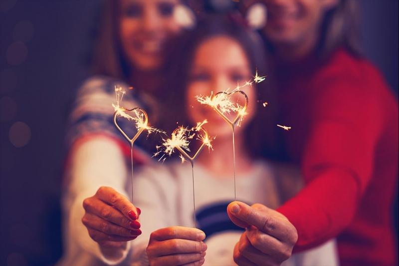 Organizzare il Capodanno in casa: idee per divertirsi con pochi intimi