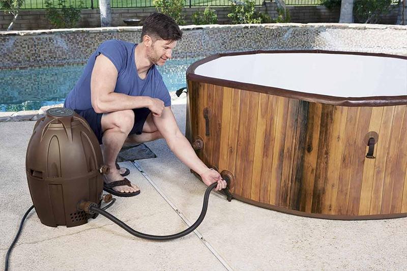 Svuotare vasca idromassaggio: come, quando e perché farlo?