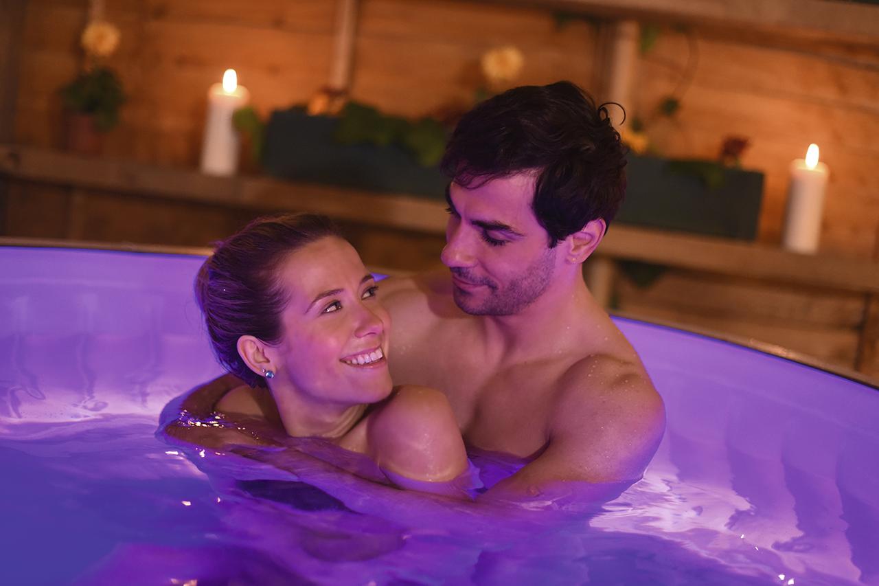 Come si prepara un bagno romantico per San Valentino?