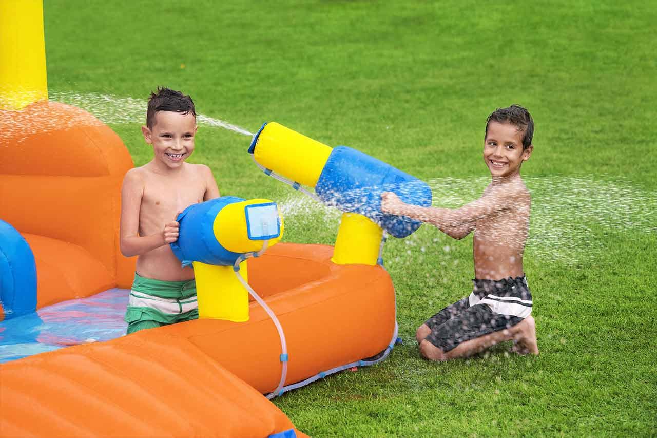 Foto Divertenti Bambini Al Mare giochi da giardino per bambini: per non annoiarsi mai!